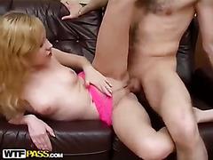Sex-addicted cutie