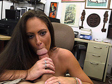 Ex dominatrix pawns her stuff and fucked