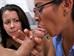 Alaina Kristar fuck lesson from stepmom