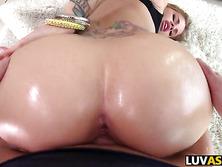 Big ass babe Jessa Rhodes gets slammed