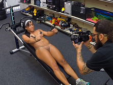 Pornstar got more cash in her nude video