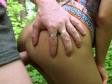 Hot fuck in public park for cash