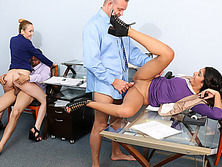 Having Dawters as the Slutty Secretaries