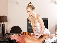 Blonde and slut Kiera Nicole get her pussy fucked by Marco Banderas