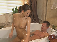 Katie Jordan Gives Soapy Massage And Sucks Of Client's Dick