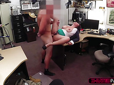 Seductive and MILF woman tries to sell her cards and gets fucked