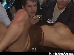 Lucky guy fingers a strippers pussy