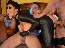 Romi got double penetrated in a double crossing gangbang