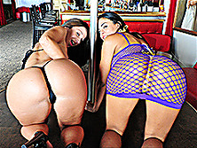 Jada Stevens and Luna Star
