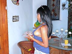 Ebony Ashton disturbs neighbor for sex so she bring some dessert