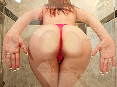 Round ass Rainia Belle