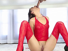 Hot curvy masseuse Esmi Lee milking cock