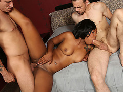 Ebony girl Nikki Ford fucked by 2 shafts