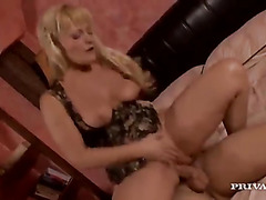 Cock loving mom