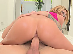 Nerdy girl turns into a horny sweetie and fucked by big cock