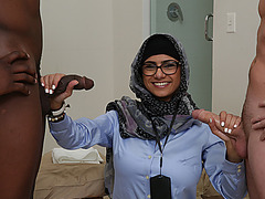Sexy Mia Khalifa loves hard cock