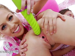 deep anus fun with sexy dildo