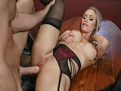 Johnny Sins big cock got Nicole Aniston rides on top