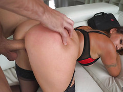 Big Ass Julianna Vega Gets Pounded