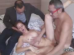 Bankrupt man lets horny friend to ride his gf for cash