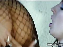Kinky pussyfeast!