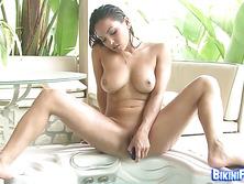 Bikini babe Adrianna Luna typing pussy