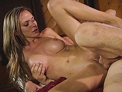Busty masseuse Pristine Edge drilled by horny client