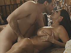 Huge boobs MILF Ava Addams hard pounded