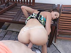 Small tits eurobabe drilled in public in exchange for cash