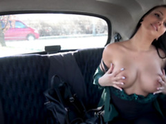 Beautiful babe Jolee Love shows her big boobs ang big ass