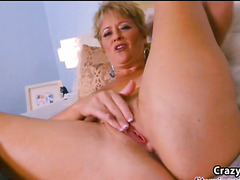 Busty mature blonde in solo fingers