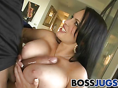Busty Jenna Presley asks her employee to help her