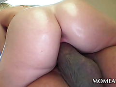 Fine ass blonde riding fat black schlong
