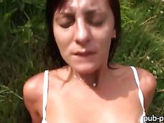 Czech babe Petra fucked and jizzed on