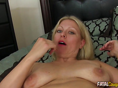 Mature housewife loves to fuck