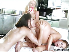 Bootylicious pornstar sluts toying butts