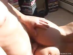 Hot Realtor MILF Throws in Pussy as a Signing Bonus!