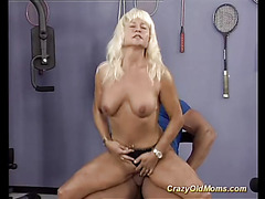 strong moms first bodybuilding sex