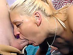 deepthroat girls in groupsex orgy