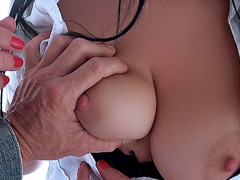 Busty amateur Suzy Fox sells her pussy