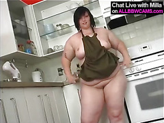 BBW bakes apple pie and then..SUPRISE ! 2