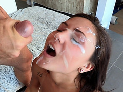 Ariana Marie enjoys a good fucking and hot facial