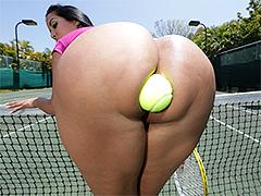 Fat ass Kiara Mia