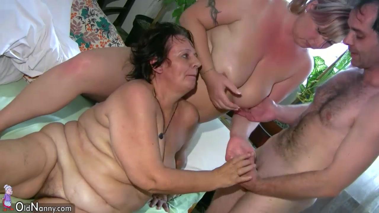 Chubby milf threesome