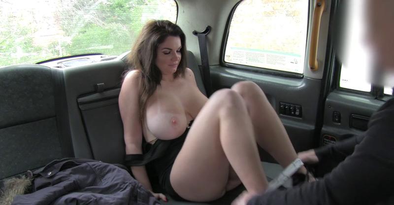 Having i like outdoors sex sexy woman