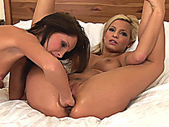 lesbian flexi teens first fisting lesson