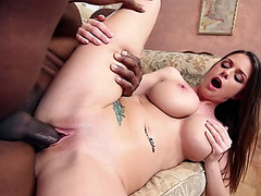 Gorgeous busty chick Brooklyn Chase loves to fuck