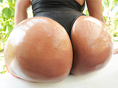 Big booty Sandra