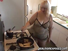 MILF sexy cooking time!