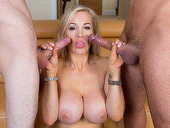 A nice relaxing session of double penetration in threesome